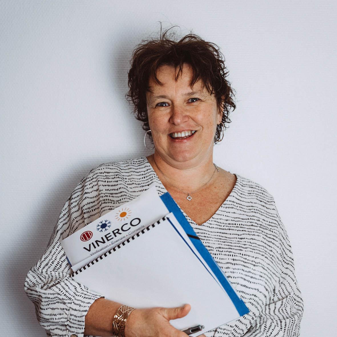 Sandrine, Assistante Commerciale Vinerco Crissey 71